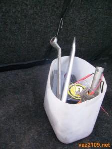 Инструменты в багажнике Ваз 2109