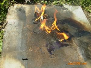 Выжигаем масло из сетки