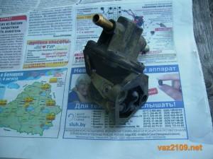 Снятый топливный насос Ваз 2109